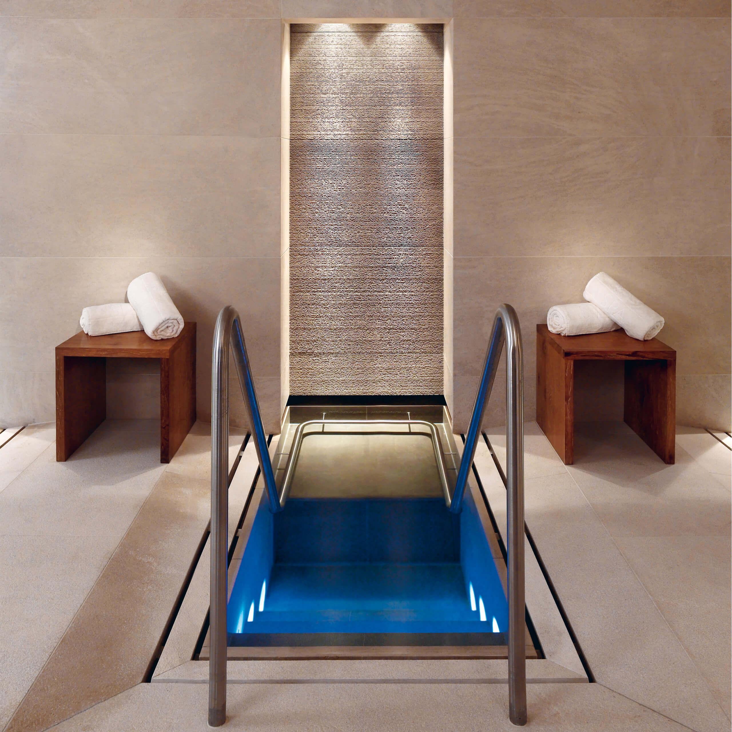 rashladni bazeni klafs gmbh co kg. Black Bedroom Furniture Sets. Home Design Ideas